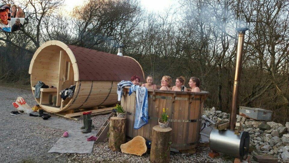 Hawes Villa Campervan Site Barrel Sauna Hot Tub Carr