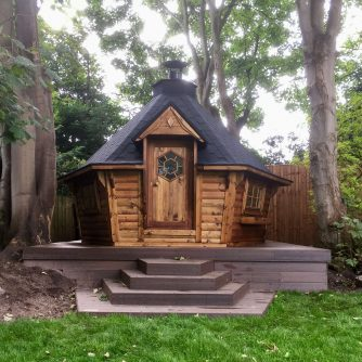 10m Sloping Wall Cabin with Extension in Light Brown